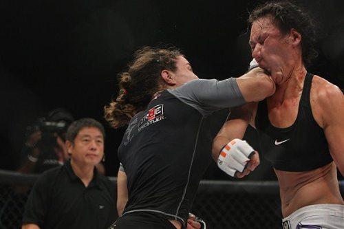 Duelo de olimpicas en UFC Tumblr_m9fd2jPx3x1rqvez7o1_500