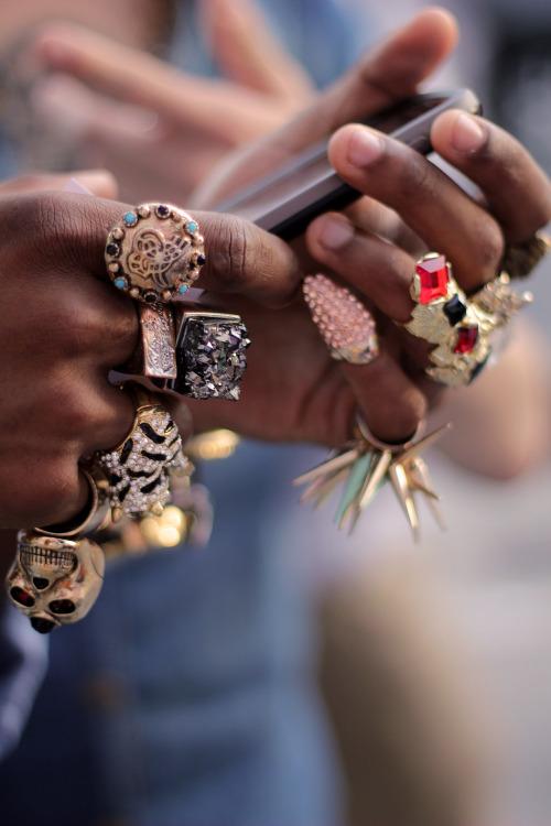 Nakit (prstenje,naušnice,ogrlice,lančići,narukvice) - Page 5 Tumblr_m9krck3kkW1qfz84qo1_500