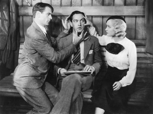 Sérénade à trois d'Ernst Lubitsch (1933) Tumblr_mao5ztYo431rduphso1_500