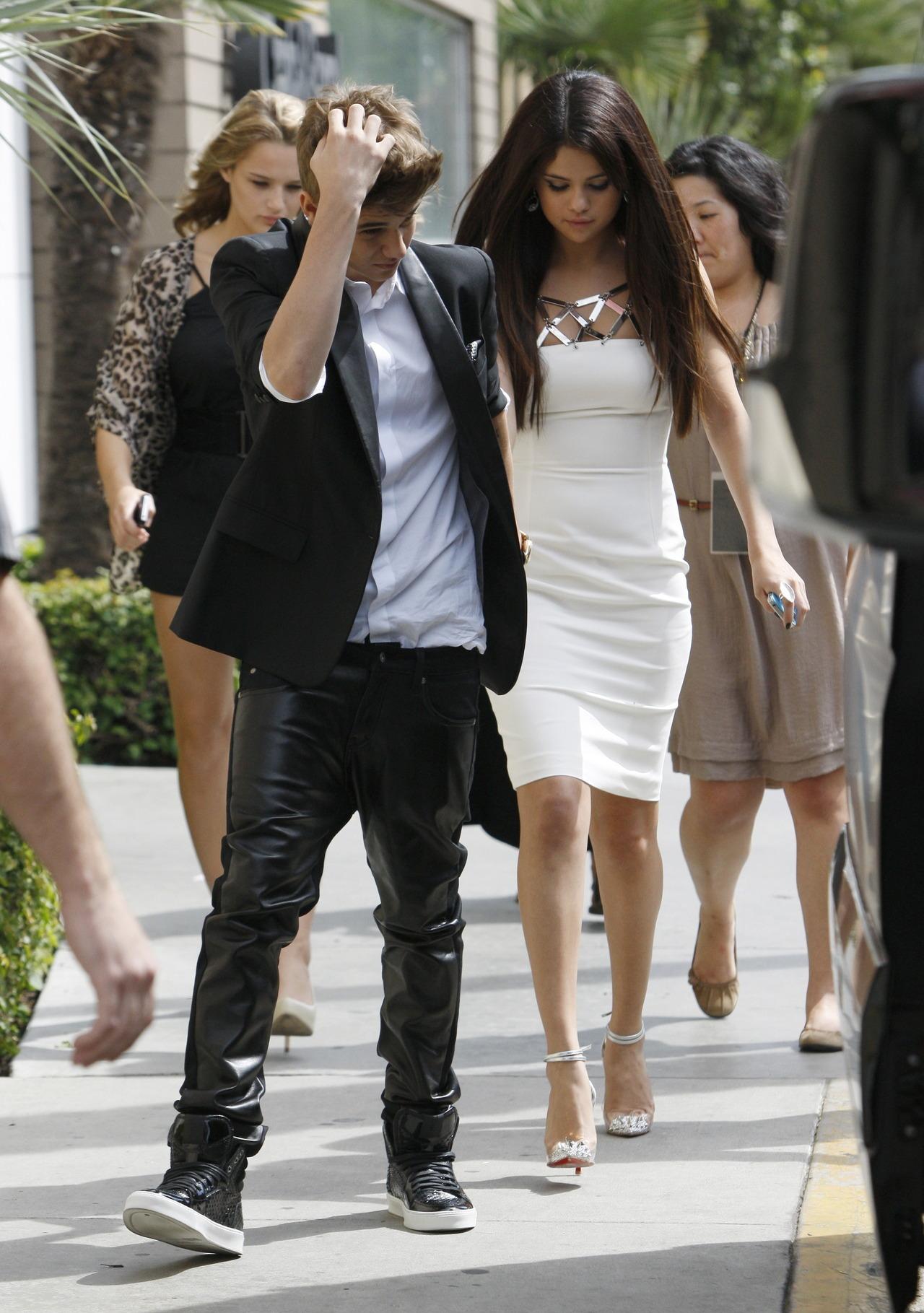 Justin Bieber and Selena Gomez - Page 40 Tumblr_mavk0esV4Y1rq31q9o1_1280