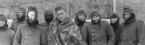 soldats soviétiques - Page 2 Tumblr_mbc8ymWG2z1qbsnsoo1_500