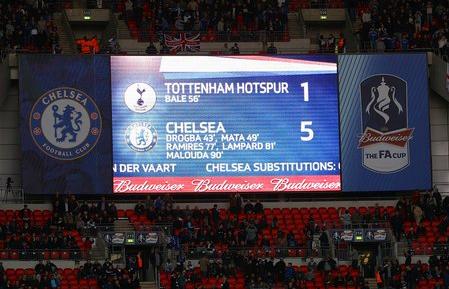 Premier League - Tottenham Hotspur vs Chelsea Tumblr_mbpltoIVdU1ruhh4yo1_500