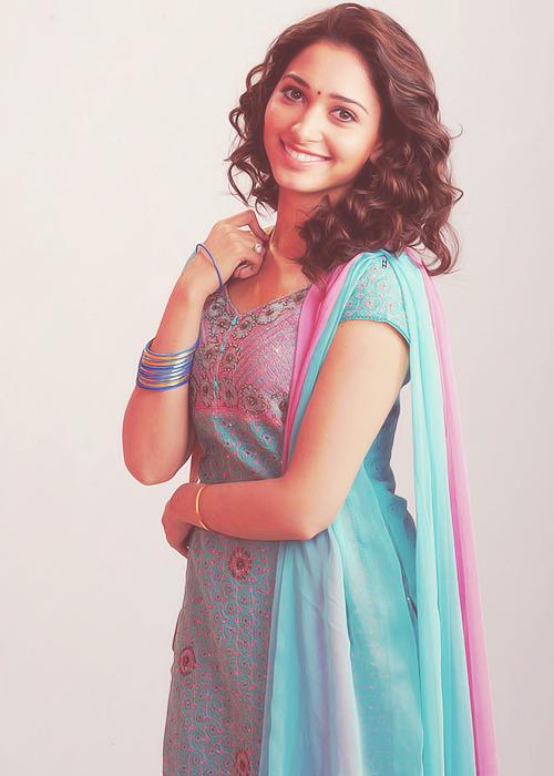 Tamannaa Bhatia - Stránka 9 Tumblr_mc24zczl8P1rvqn15o1_500