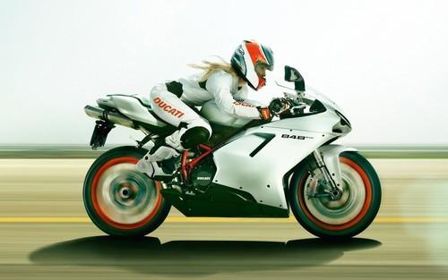 Najlepsi Motorcikli Tumblr_mc3txpBiwO1rpa5vto1_500