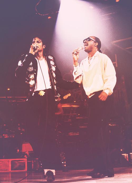 Michael Jackson Com Famosos Tumblr_mc55lp3q7A1qe3hpho1_500