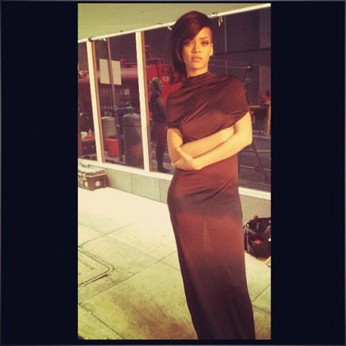 Rihanna. [2] - Page 2 Tumblr_mc9w1fGIaF1qzclrjo1_500