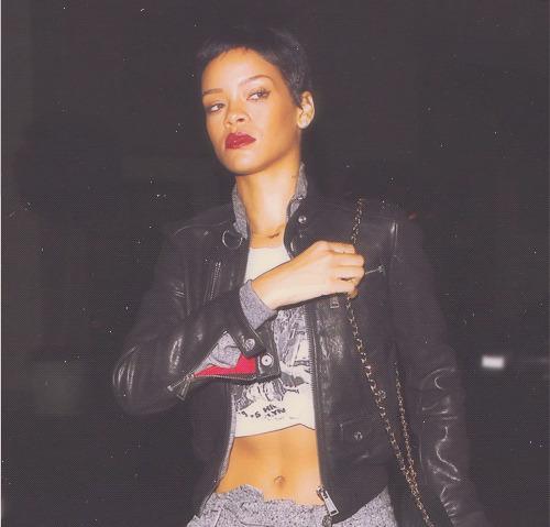 Rihanna. [2] - Page 2 Tumblr_mcin45CLg51qgy8r3o1_500