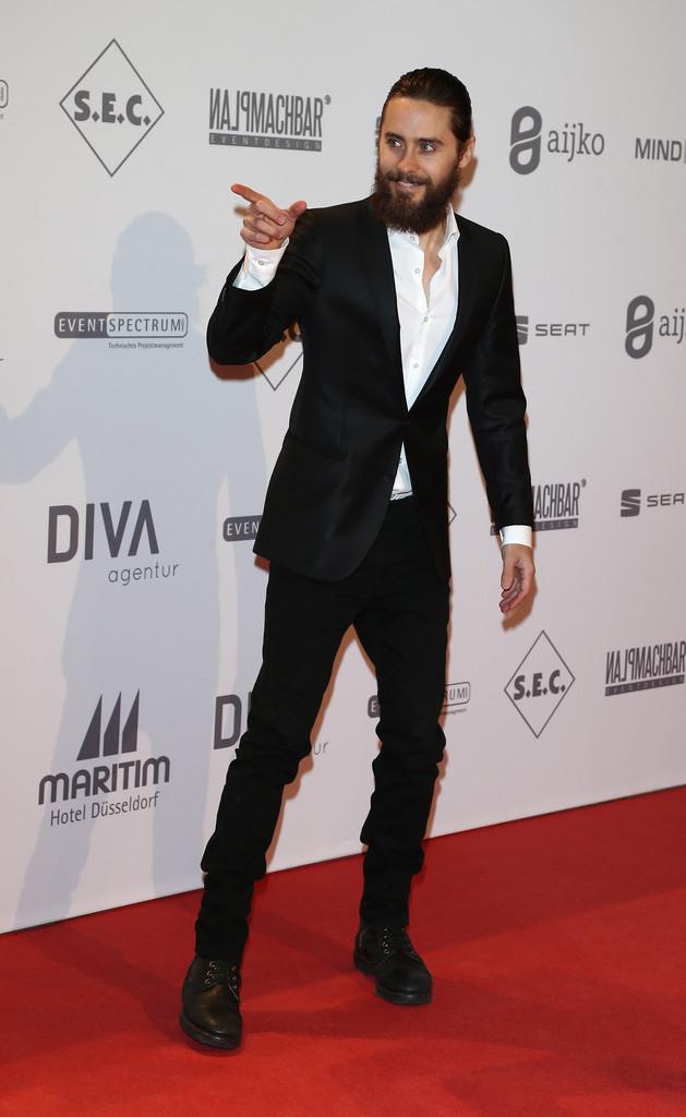 Jared récompensé par l'UNESCO Tumblr_mcl64dvLpk1qc5nplo4_1280