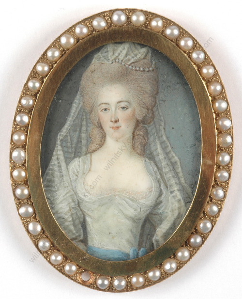 Marie-Antoinette in Art - Page 3 Tumblr_mdfznvyjPp1qiu1coo1_500