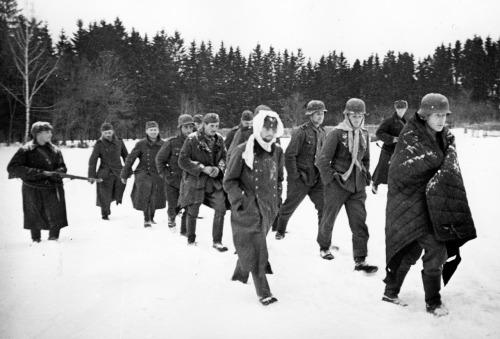soldats soviétiques Tumblr_mdn4gnSF3L1qbsnsoo1_500