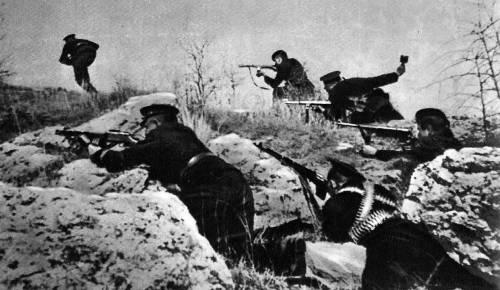 soldats soviétiques Tumblr_mdslszTJyr1qbsnsoo1_500