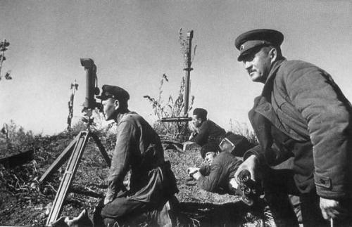 soldats soviétiques Tumblr_mdsmfsP27n1qbsnsoo1_500
