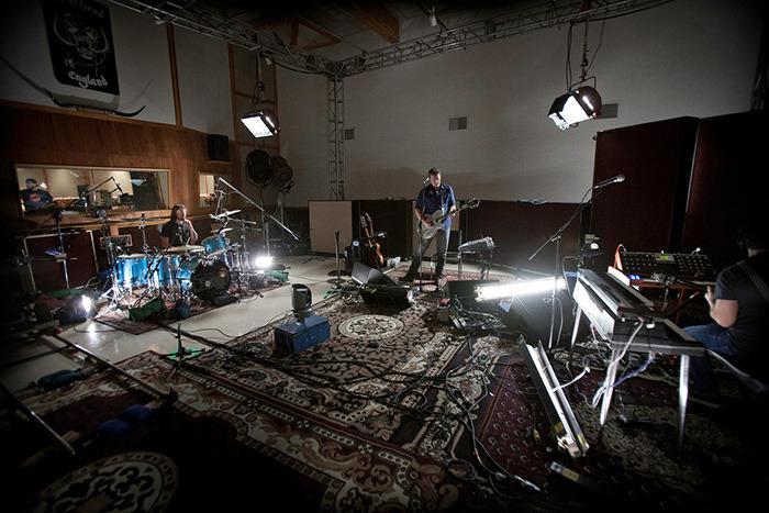 dave - Dave Grohl: Sound City (The Movie) Tumblr_mencnnYasE1qgrub0o1_1280