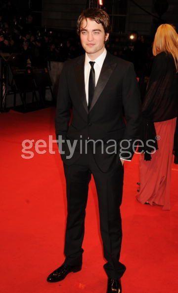 Premios BAFTA 2010  Tumblr_ky7ih71Dfr1qb1k2oo1_400