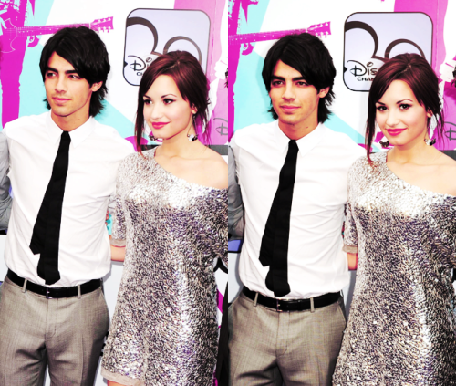 Joe Jonas and Demi Lovato. - Page 4 Tumblr_lftnnmWSwc1qfs7hvo1_500