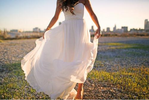 Wedding Dresses. - Page 3 Tumblr_lg3yxx4AAq1qbs8umo1_500