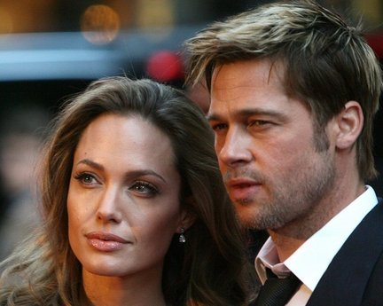 Brad Pitt and Angelina Jolie. Tumblr_lh5uul7pCf1qggq52o1_500