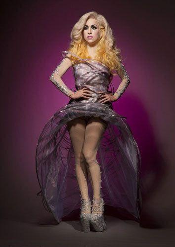 Lady Gaga >> Muñecos de cera Tumblr_lizvgfUveK1qdq0mzo1_400