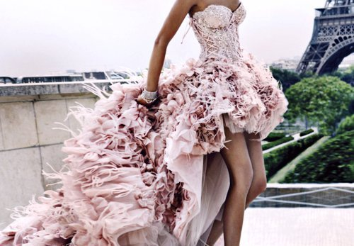 Wedding Dresses. - Page 4 Tumblr_lk48hut0ii1qausdfo1_500