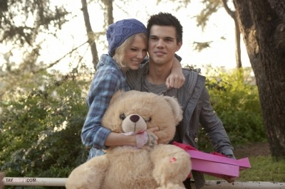 Taylor Swift and Taylor Lautner. - Page 2 Tumblr_lo7uctZavv1qmvomgo1_400