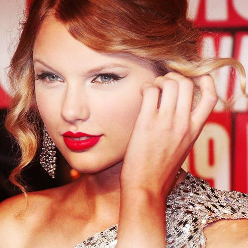 Taylor Swift - Page 6 Tumblr_lpej8mGrR91ql9mrso1_r1_500