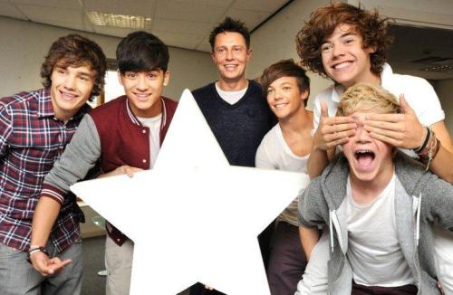 One Direction[2]. - Page 2 Tumblr_lqc2fkezYF1r1gw7ko1_500