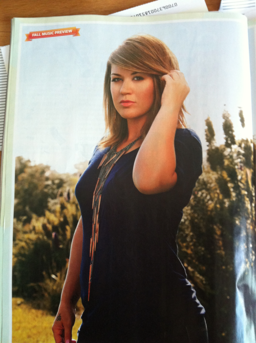 Kelly Clarkson  - Página 3 Tumblr_lqi838RdVV1qdsmq0o1_500