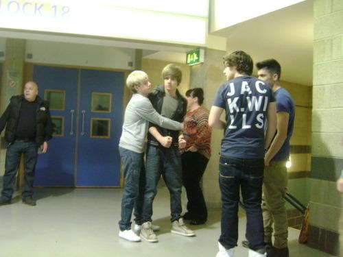 One Direction[3]. - Page 6 Tumblr_lsjq1bySPA1r28xixo1_500
