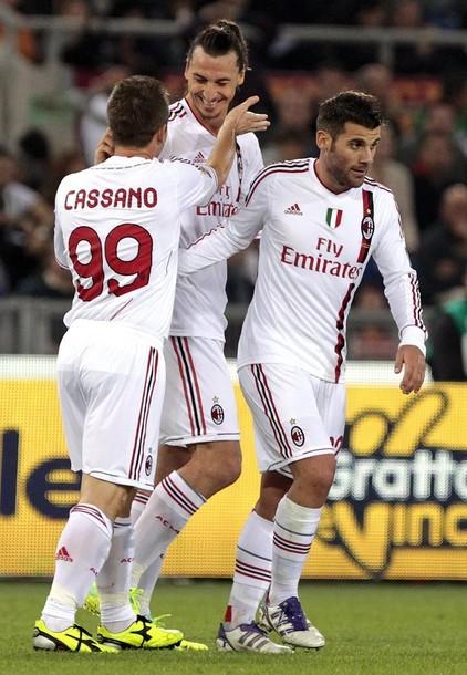 FC AC Milan. Tumblr_ltwoo9LSSD1qby504o1_500