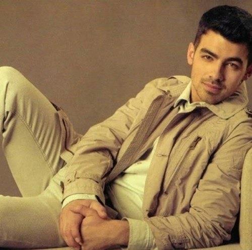 `Joe Jonas` - Page 38 Tumblr_lwsu7cEArg1r8m1t6o1_500