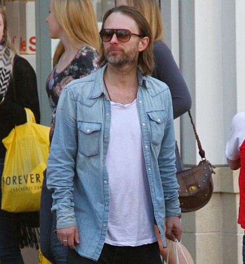 [Fotos] Thom Yorke - Página 14 Tumblr_lx981vKv991qf3hwgo1_500