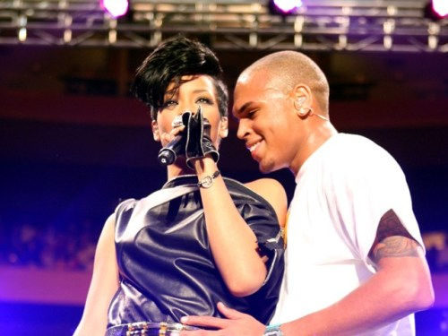 Chris Brown and Rihanna. Tumblr_lzkqd9Acqu1r2789go1_500