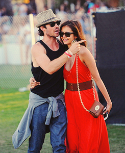 Nina Dobrev and  Ian Somerhalder. - Page 8 Tumblr_m2jxhjaof81qcie43o1_250