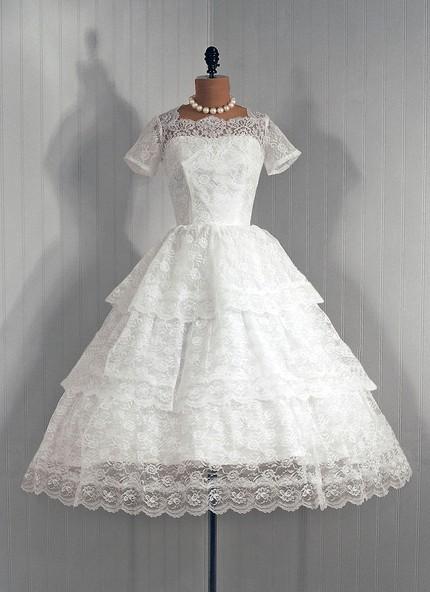 Wedding Dresses. - Page 7 Tumblr_lfylru8yiL1qa5pbuo1_500