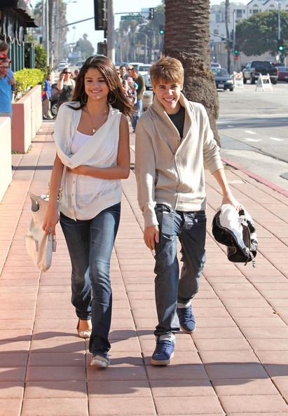 Justin Bieber and Selena Gomez - Page 6 Tumblr_lkgvhotMRB1qj5r8lo1_500
