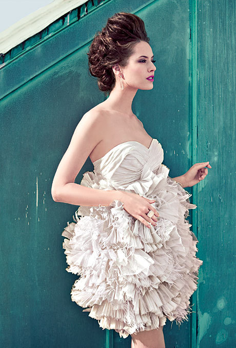 Wedding Dresses. - Page 7 Tumblr_lkjndg7JEP1qil36fo1_500