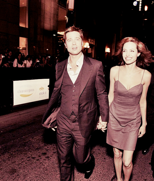 Brad Pitt and Angelina Jolie. - Page 4 Tumblr_lmurpkNcyF1qdibj5o1_500