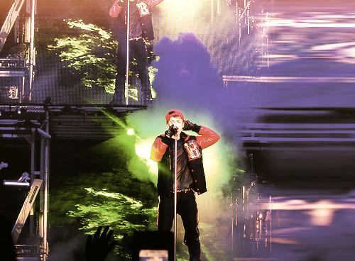 Justin Bieber - Page 6 Tumblr_lq9ykxMfnH1qiacugo1_500