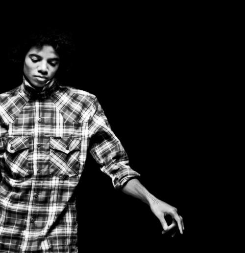 Raridades: Somente fotos RARAS de Michael Jackson. - Página 3 Tumblr_lqtoocNpRG1qh5vluo1_500