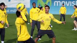 FC Barcelona[2] - Page 38 Tumblr_lvl7ogb8731qef1u8o2_250
