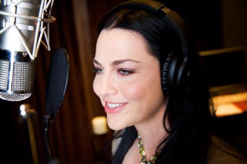 Evanescence - Page 2 Tumblr_lvsorzFnLn1qixbk6o1_500