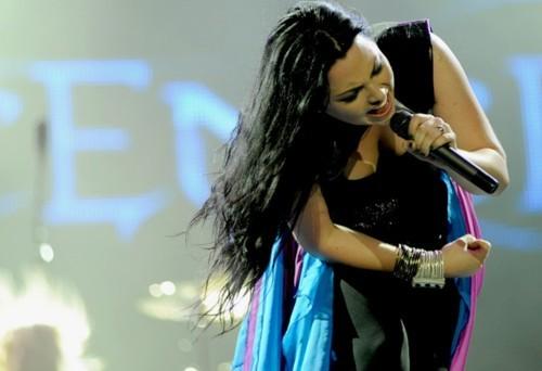 Evanescence - Page 2 Tumblr_lvsz9uh4571qec98xo1_500
