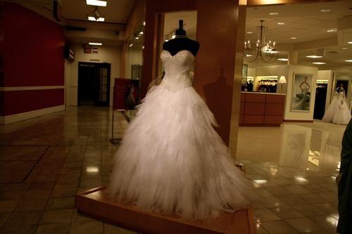 Wedding Dresses. - Page 6 Tumblr_lwn9jt9mIp1qe49wpo1_500