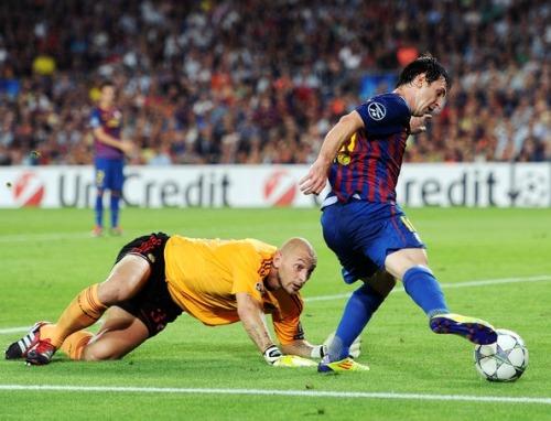 FC Barcelona[5] - Page 6 Tumblr_m1p9upVJK61rs3hhko1_500