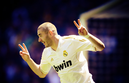 Real Madrid [3]. - Page 37 Tumblr_m38q99eORS1qzqmo7o2_500