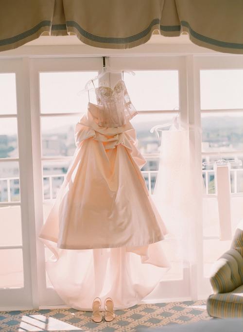 Wedding Dresses. - Page 3 Tumblr_lfswbedOIN1qap6y0o1_500