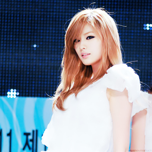 Park Ji Yeon & Nana - Page 2 Tumblr_lkgr8l5qS61qathrgo1_500