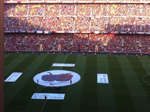 صور اضافية احتفال لاعبي برشلونة باللقب روعة  Tumblr_ll5bp1MEJc1qdxgrdo1_500