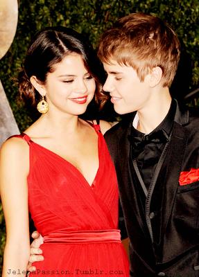 Justin Bieber and Selena Gomez Tumblr_lm2zr9uy7C1qkatcvo1_400