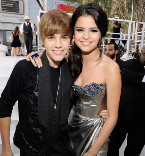 Justin Bieber and Selena Gomez - Page 3 Tumblr_lm381ngvYm1qka5hxo1_500